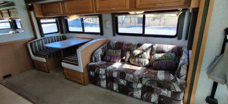 2001 Fleetwood Expedition For Sale