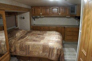 2004 Carriage SLQ 38' Fifth Wheel RV For Sale
