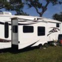 2009 Montana 3400RL For Sale – Excellent Condition