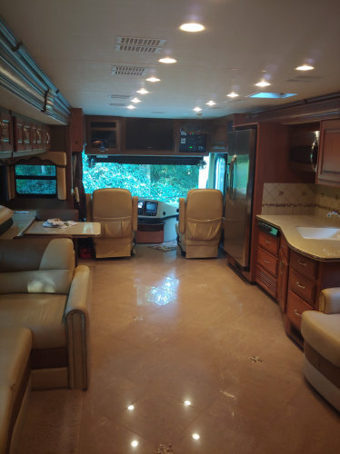 2012 Fleetwood Discovery 40X For Sale