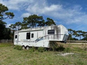 36ft Montana 5th Wheel For Sale
