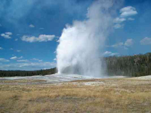 campgrounds-in-yellowstone-national-park