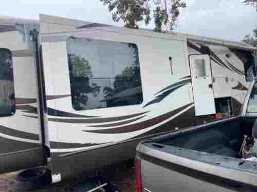2012 Forest River Cardinal 3030R